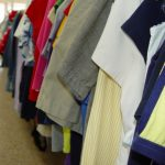 Czego szukać wśród półek z odzieżą używaną?